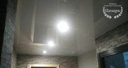 Глянцевый натяжной потолок в Хабаровске